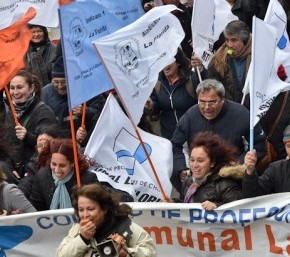 Chile's Older Generation Protests AlongsideStudents
